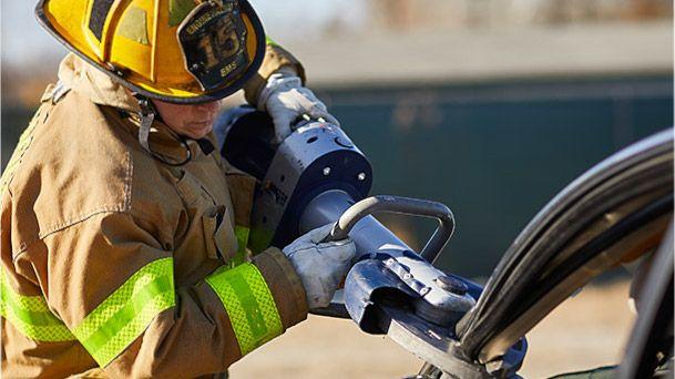 DuPont™ Kevlar® for emergency response