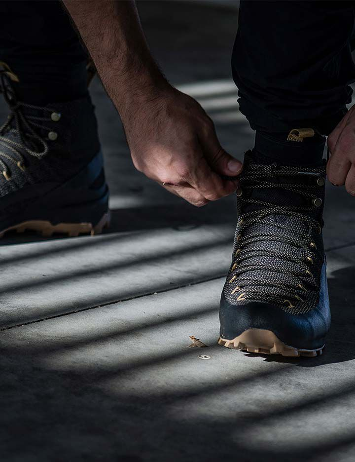 Naglev footwear featuring the comfort and puncture resistance of Kevlar®