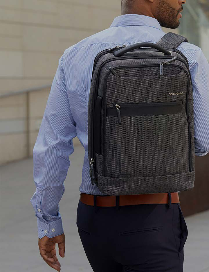 Kevlar® adding strength and durability to a Samsonite backpack