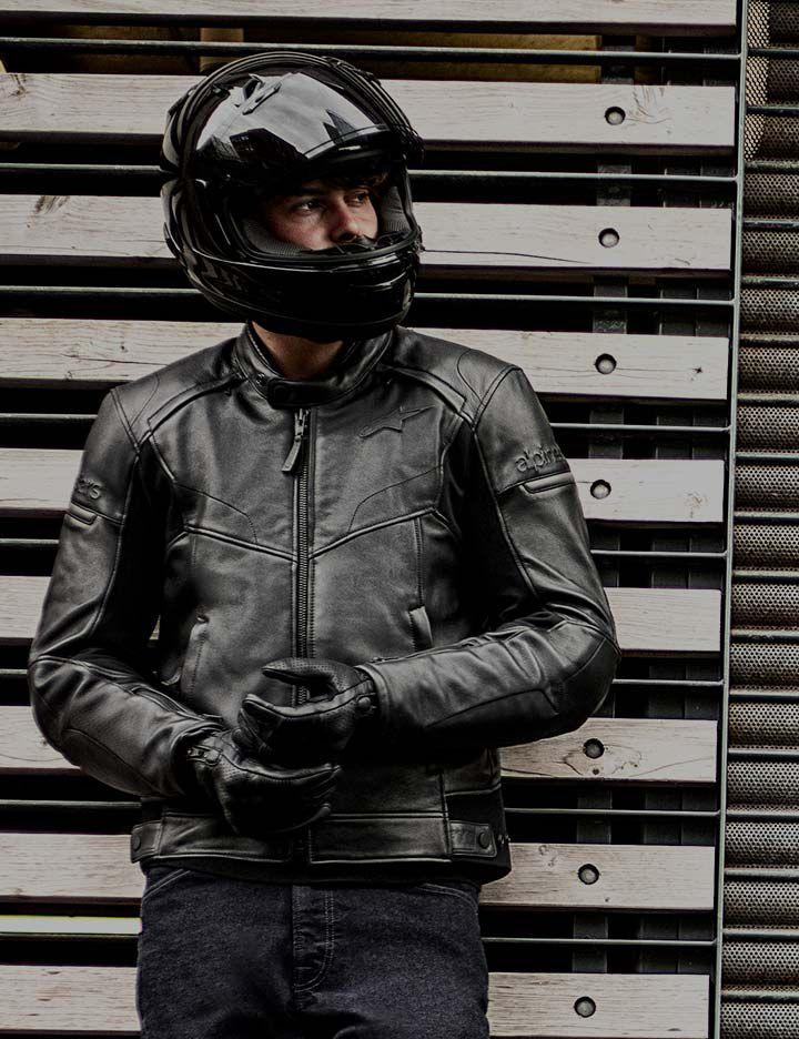 Kevlar® providing protection in an Alpinestars men's motorcycle jacket