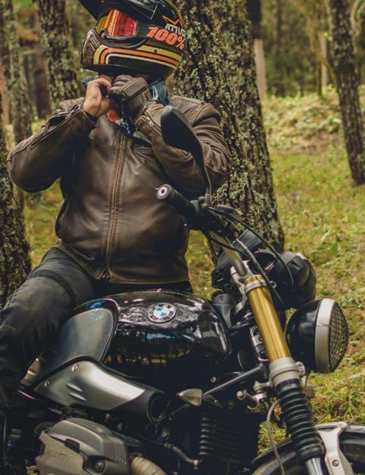 Kevlar® providing comfortable protection in Black Label Biker men's motorcycle jeans