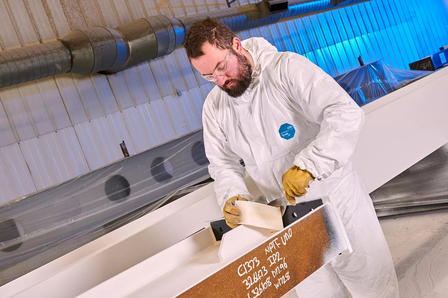 Tyvek® protects steelworkers from welding and cutting accidents