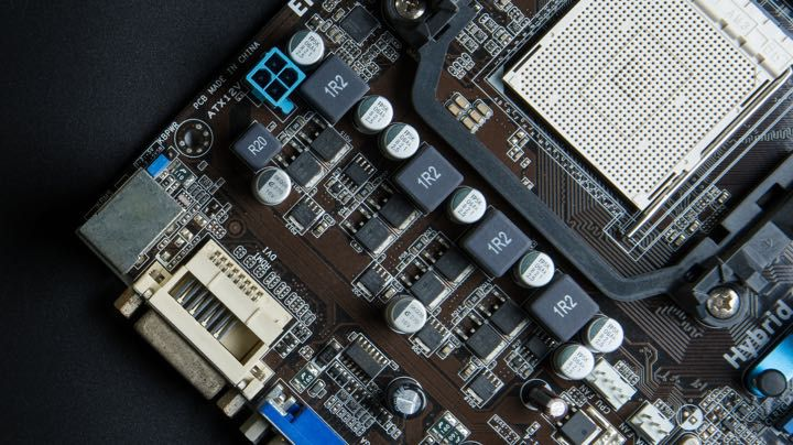 Close-up of a microelectronics motherboard that requires ultrapure water for manufacturing.