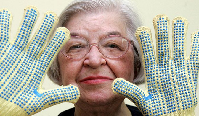 The pioneering work of Stephanie Kwolek led to the creation of incredibly strong Kevlar®.